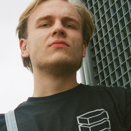 Afbeelding van Hessel - Camera Journalist bij Academy TV
