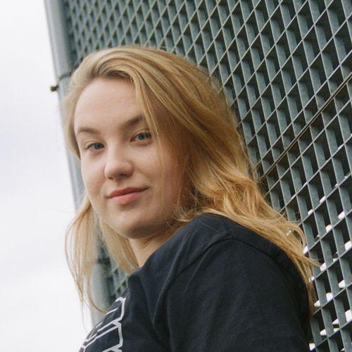 Afbeelding van Lienke - Camera Journalist bij Academy TV